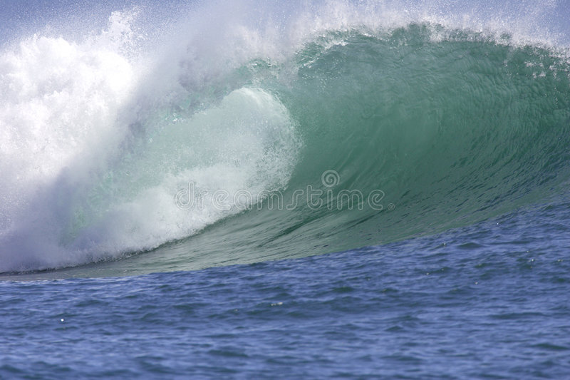 Wave ll. Hawaiian Southshore Wave