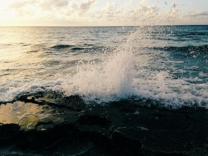 Waves Breaking On Beach Free Public Domain Cc0 Image