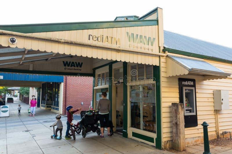 WAW Credit Union verzweigen sich in Yackandandah im Land Victoria stockbild