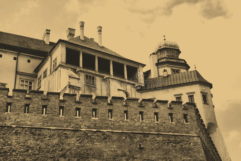 Wawel königliches Schloss in Krakau lizenzfreie stockfotografie