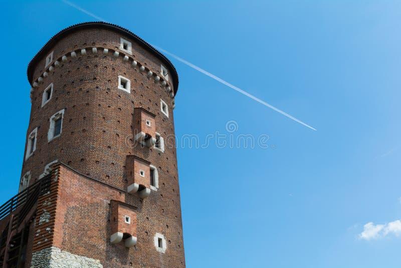 Wawel-Schlossturm in Krakau, Polen stockbilder
