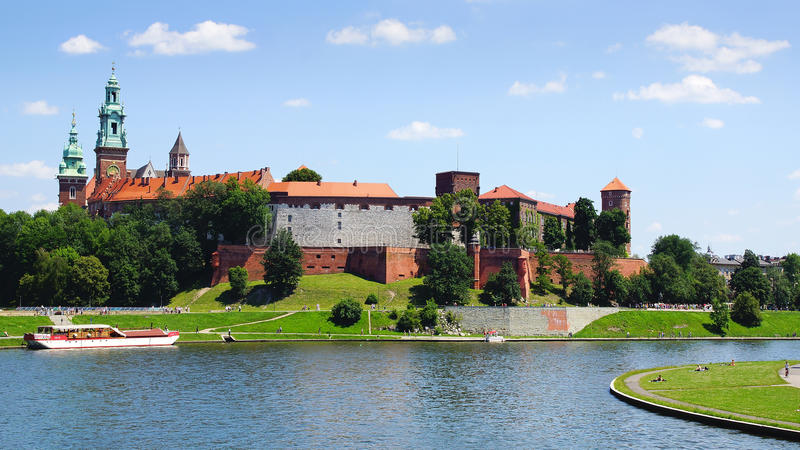 Wawel slott. Krakow Polen arkivfoton