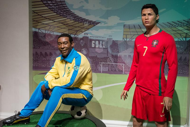 Wax-siffror från Pele och Cristiano Ronaldo i Madame Tussaud arkivfoto