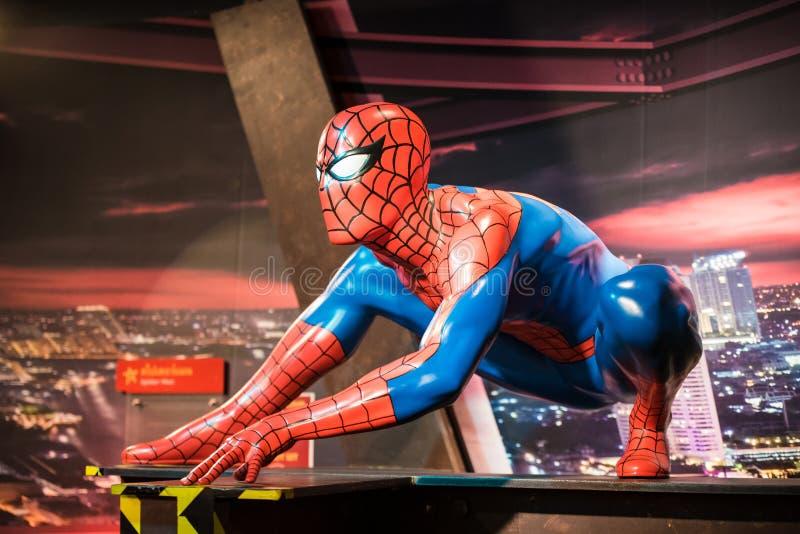 Waxwork van Spiderman op vertoning bij Mevrouw Tussauds stock foto