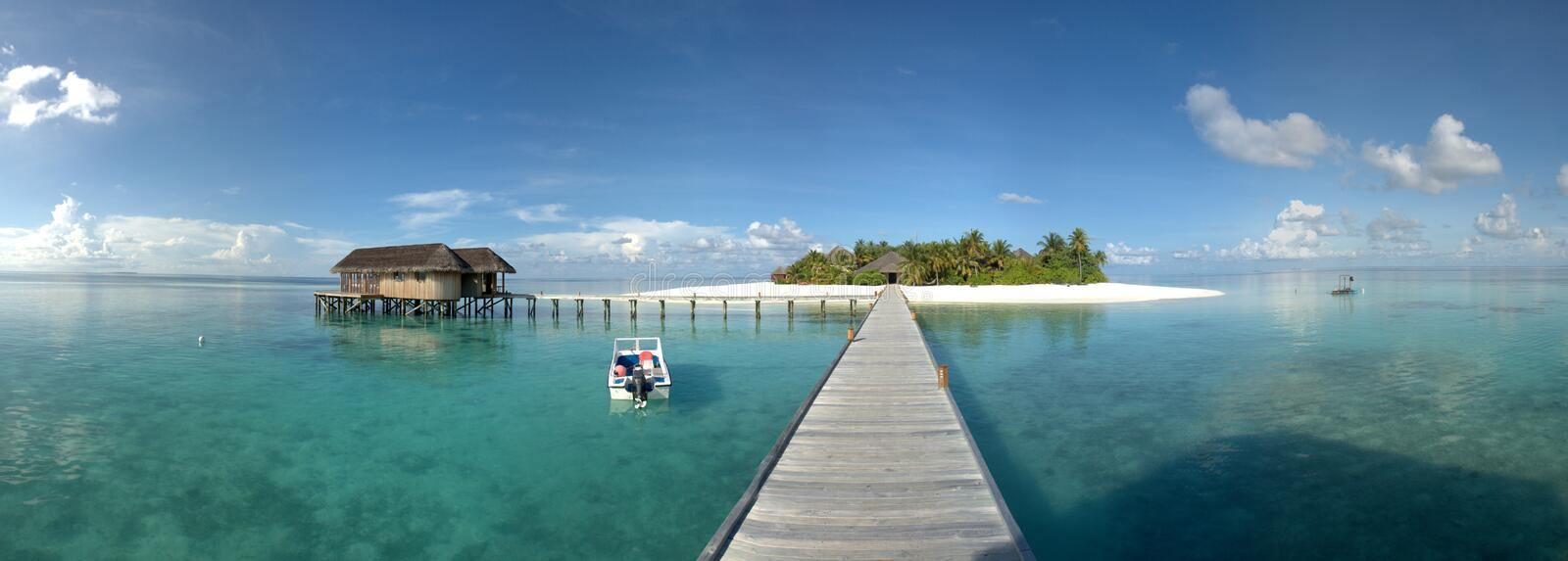 Way to paradise. Island resort in the Maldives royalty free stock images