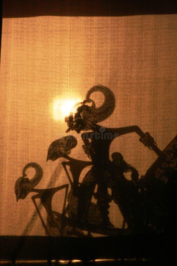 Wayang Kulit (Schatten-Puppenspiel) stockbilder