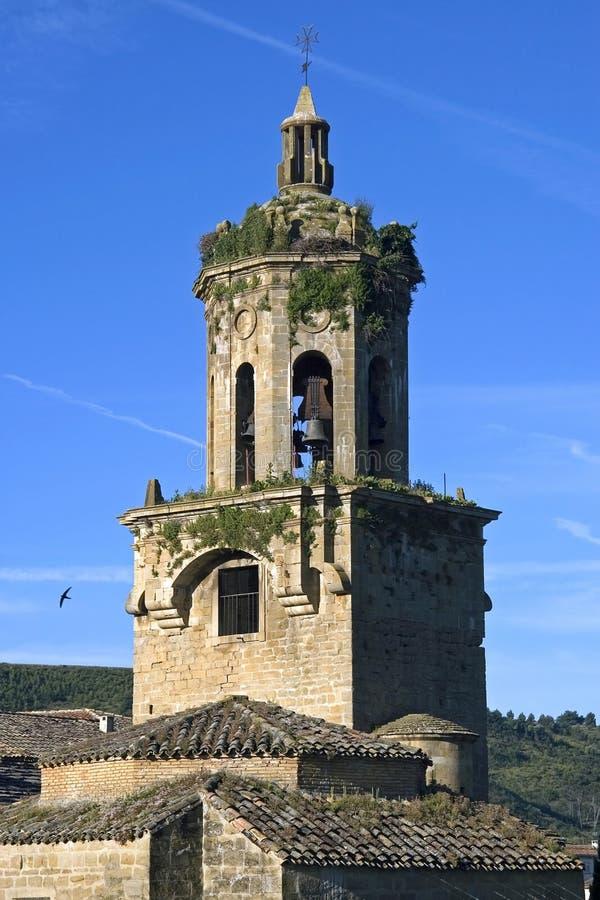Wciąż życie średniowieczny kościół, Puente De Los angeles Reina obrazy royalty free