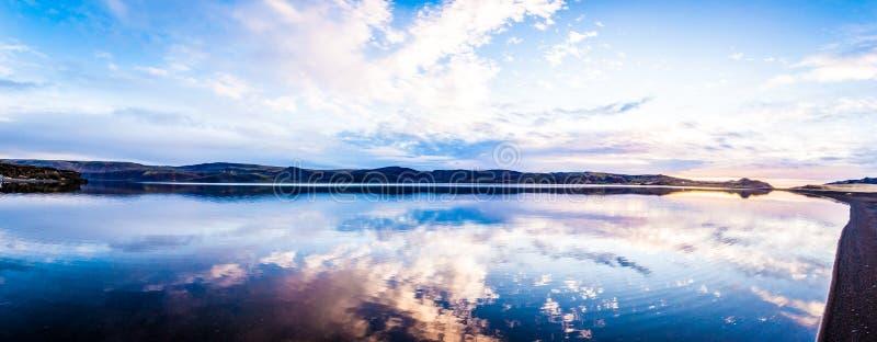 Wciąż Jeziorna panorama zdjęcie royalty free