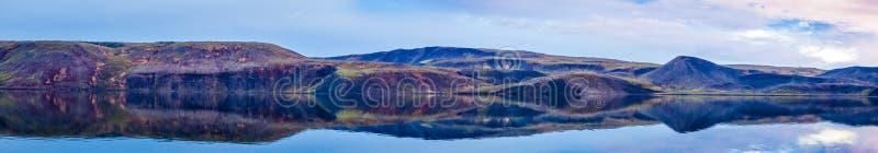 Wciąż Jeziorna panorama obraz royalty free