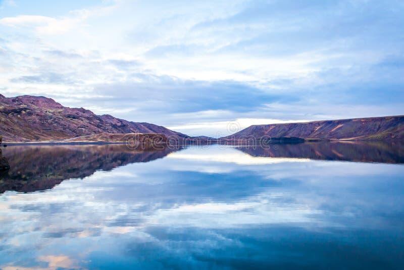 Wciąż Jeziorna panorama zdjęcie stock