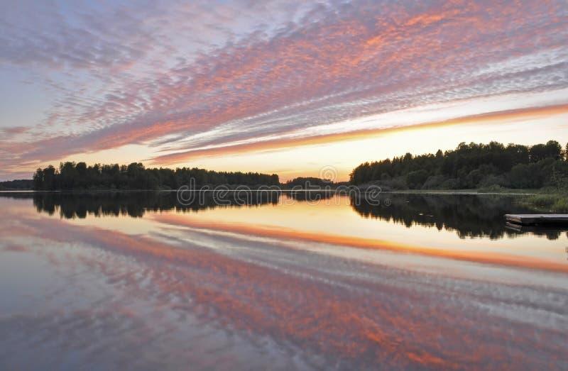 wciąż jeziorny odbicie obrazy royalty free