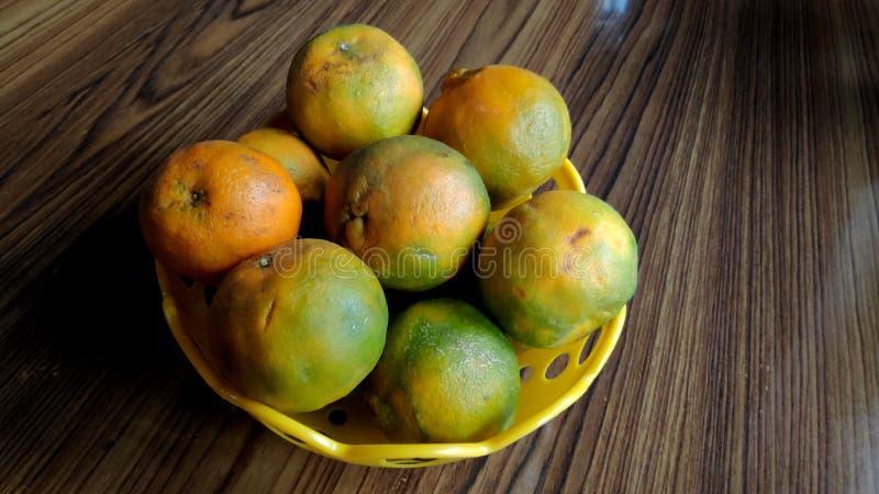Wciąż pomarańcze w pucharze obrazy royalty free