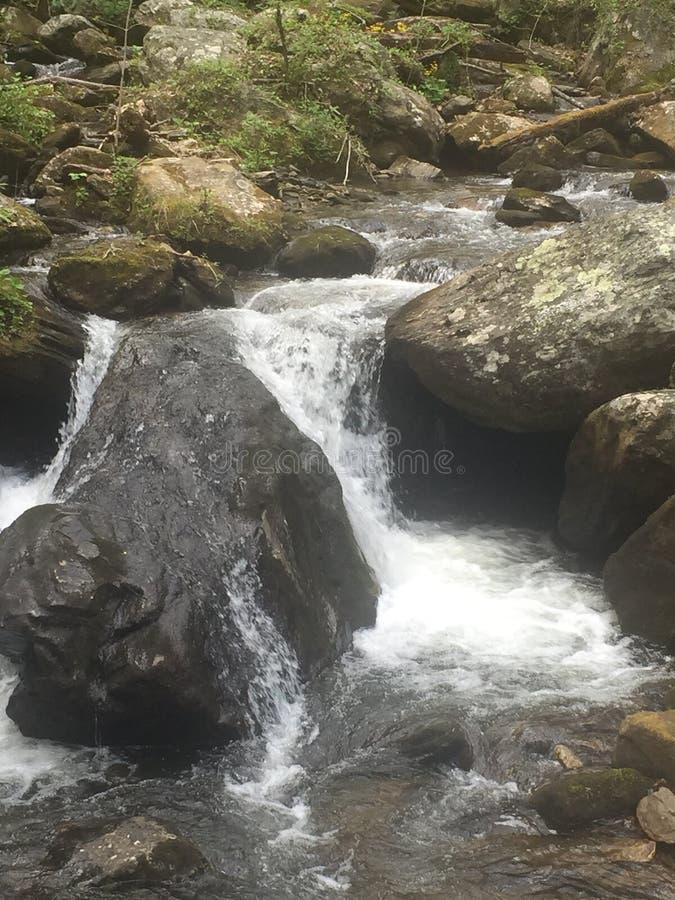 wcześniej robił halnemu jesieni zdjęcie biegunowemu strumieniowi góry fotografia stock