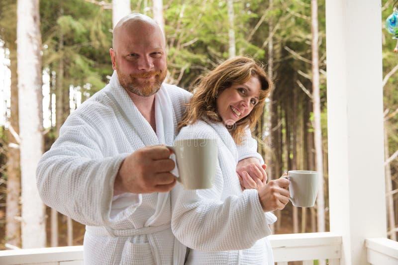 Wczesny poranek filiżanka kawy obraz royalty free