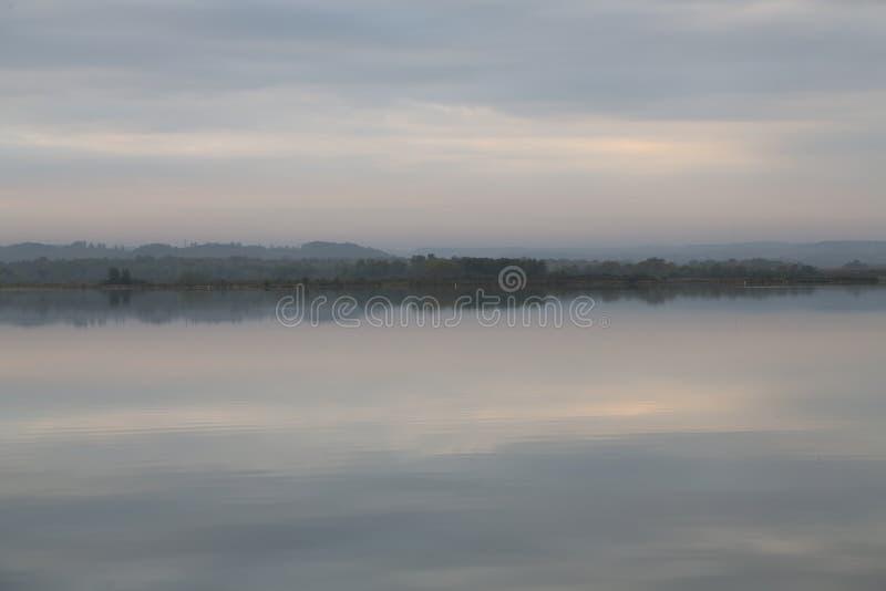 Wczesny Poranek jezioro fotografia royalty free