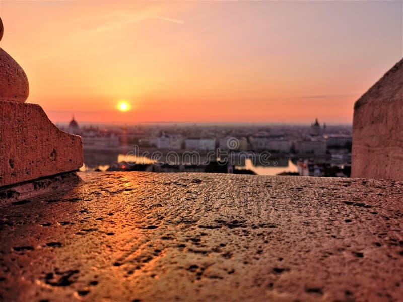 Wczesny poranek nad miastem zdjęcia royalty free