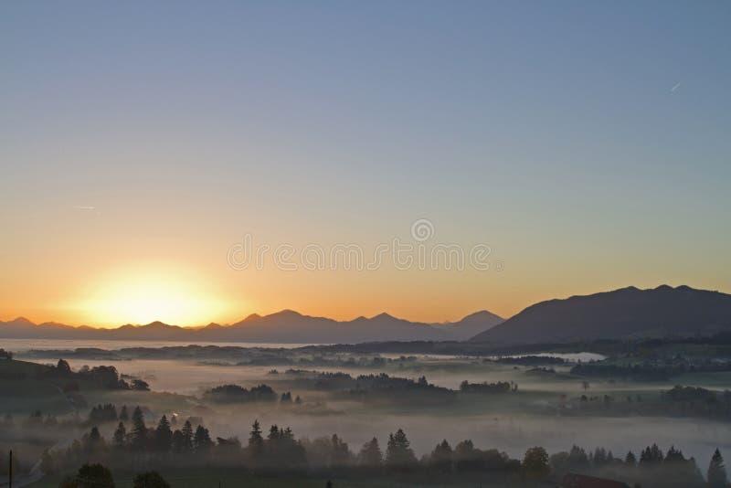 Wczesny poranek w Górnym Bavaria zdjęcie stock