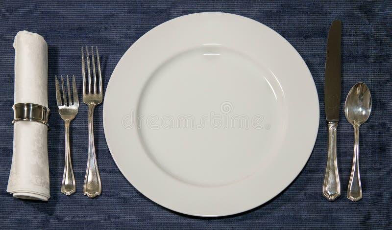 weave вектора плиток скатерти ложки силуэтов установки ресторана имеющейся плиты места меню ножа холстинки вилки еды конструкции  стоковая фотография