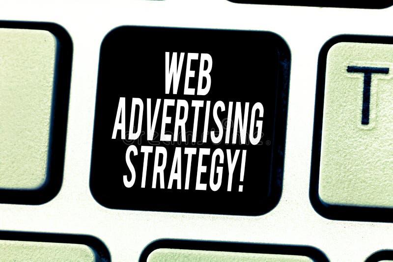 Web d'apparence de signe des textes annonçant la stratégie La photo conceptuelle emploie les réseaux sociaux existants pour favor photographie stock libre de droits