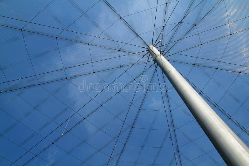 Download Web de aranha do ferro foto de stock. Imagem de engenharia - 26511594