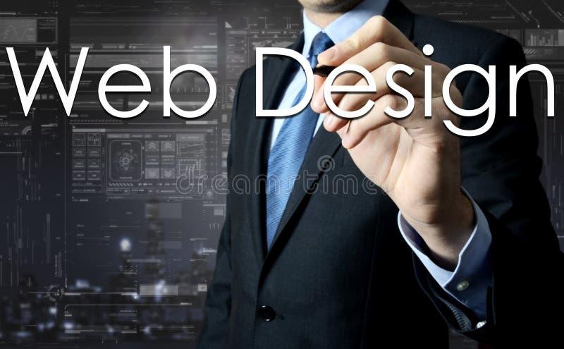 Web design d'écriture d'homme d'affaires sur l'écran virtuel - concept d'affaires images stock