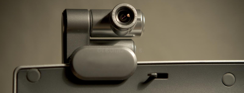 Webcam en la pantalla de ordenador A foto de archivo