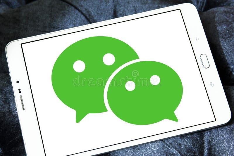 WeChat mobil applikationlogo royaltyfri bild