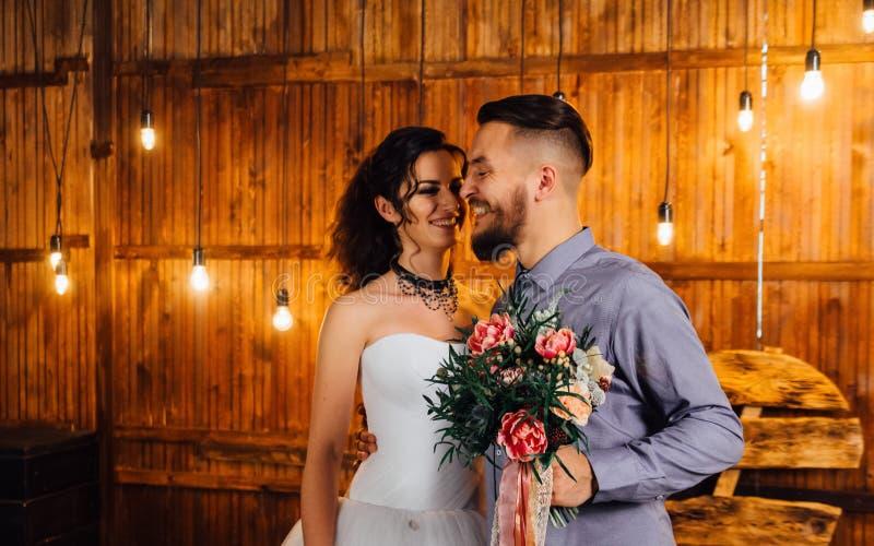 Wedding в стиле утеса Свадьба коромысла или велосипедиста стоковая фотография