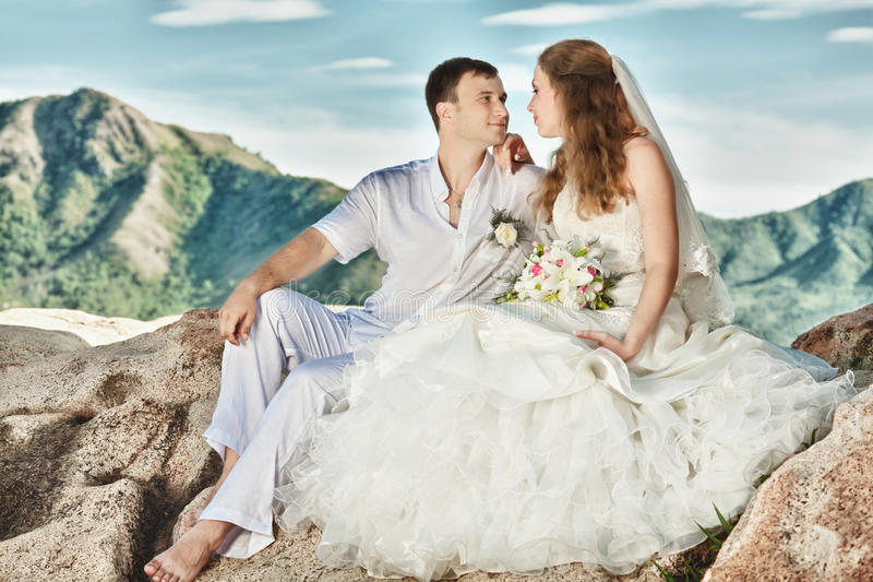 Download Wedding stock image. Image of dating, groom, nature, sensuality - 21150813