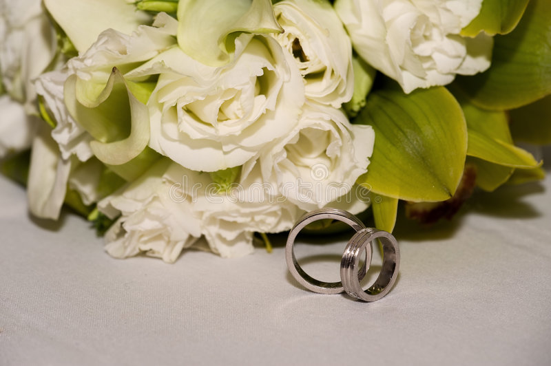 Download Wedding bands stock image. Image of rose, join, decoration - 7215923