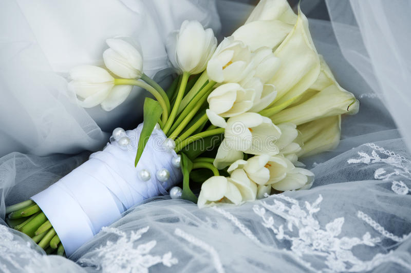 Download Wedding bouquet stock image. Image of white, flower, bride - 10412801