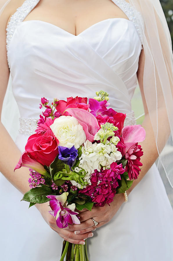 Download Wedding bouquet stock image. Image of spring, round, dress - 29245797