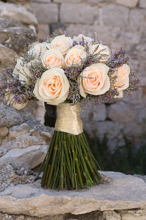 Download Wedding Bouquet Royalty Free Stock Image - Image: 3009106