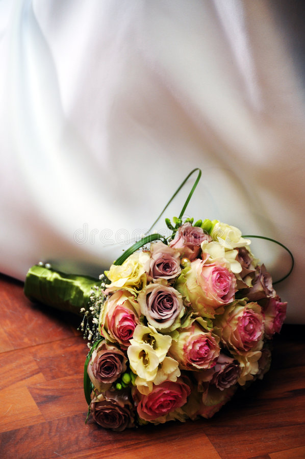Download Wedding Bouquet Royalty Free Stock Photos - Image: 8973328