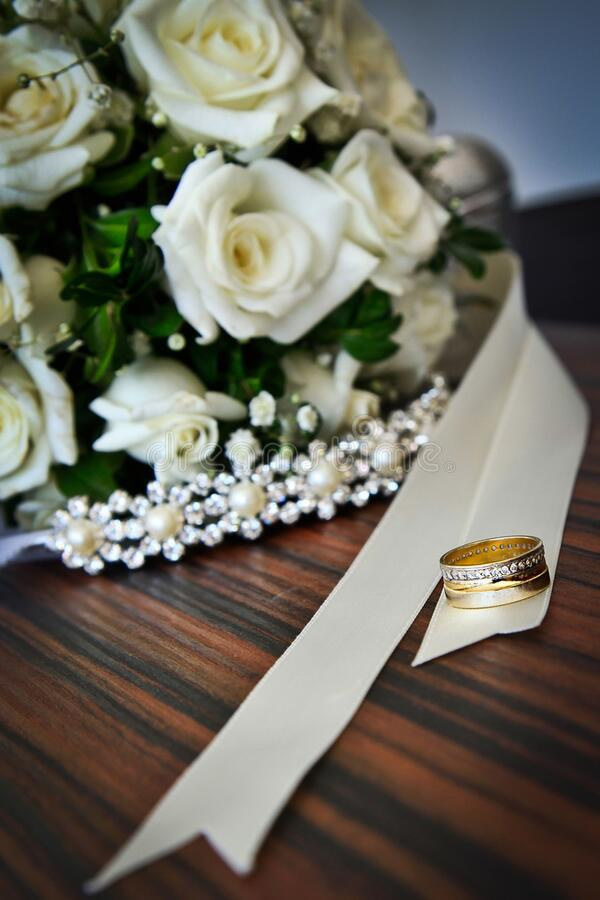 Wedding Bouquet And Rings Free Public Domain Cc0 Image