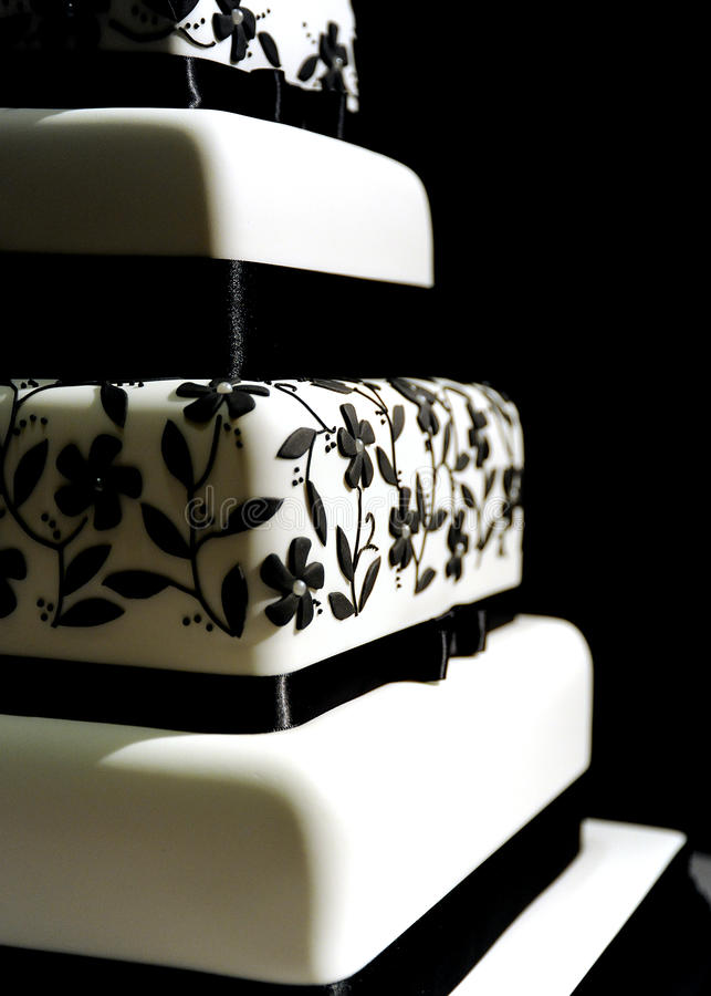 Modern Black and White Floral Wedding Cake stock photos