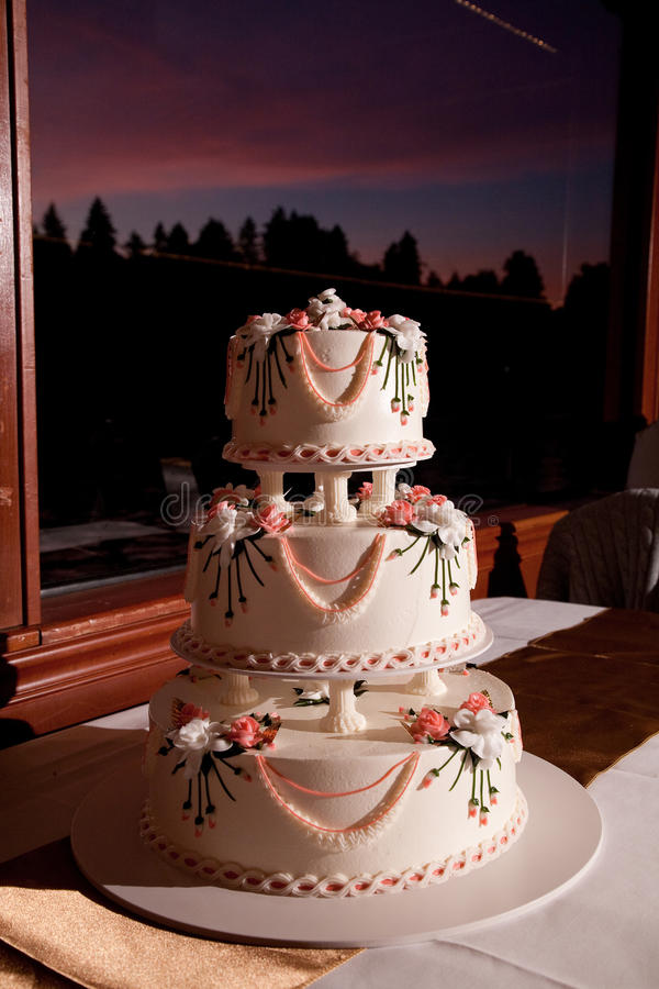 Download Wedding Cake Stock Photos - Image: 21293923