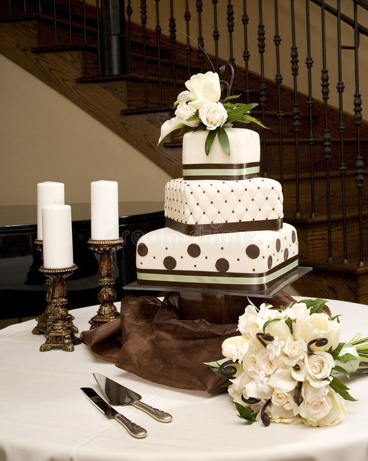Free Wedding Cake Royalty Free Stock Photos - 4071118