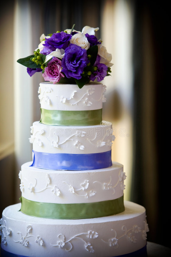 Download Wedding cake stock image. Image of setting, petal, floristry - 4517513