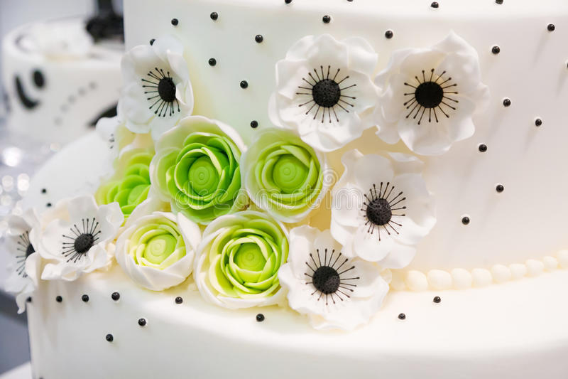 Wedding cake with flowers royalty free stock image