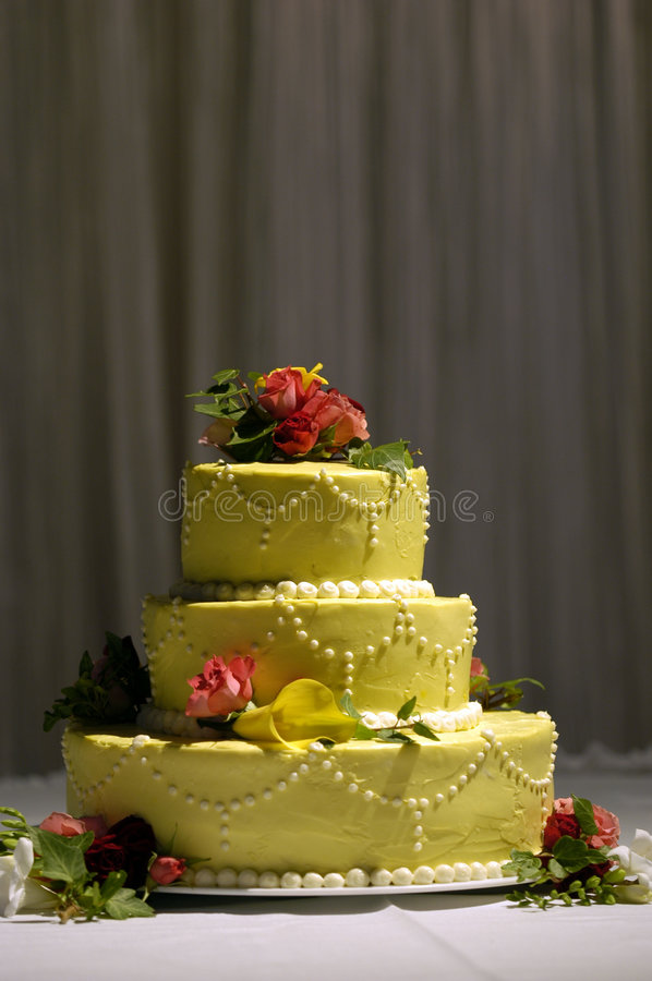 Wedding cake with flowers royalty free stock images