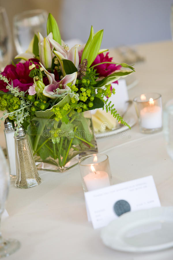 Free Wedding Centerpiece Royalty Free Stock Images - 24043699