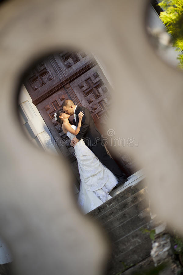 Download Wedding couple stock image. Image of nature, beauty, enjoying - 21280637