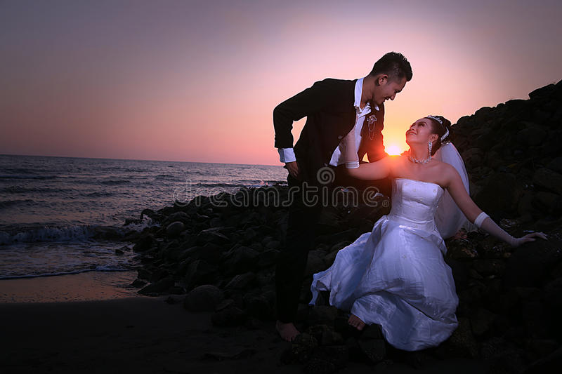 Download Wedding couple at beach stock image. Image of romance - 21657409
