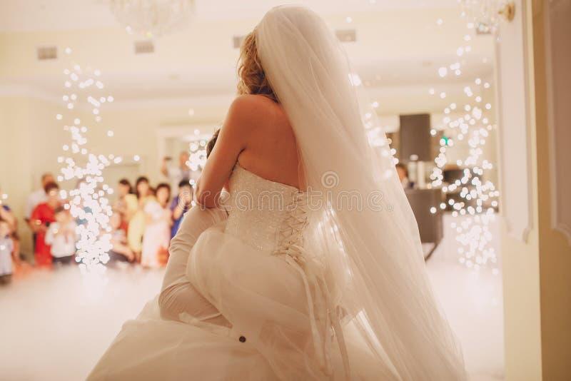 Wedding d'abord la danse photo stock
