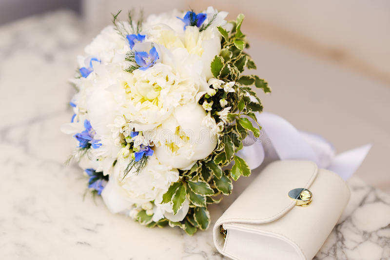 Download Wedding Bouquet Of White Peonies Stock Photo - Image: 29827804