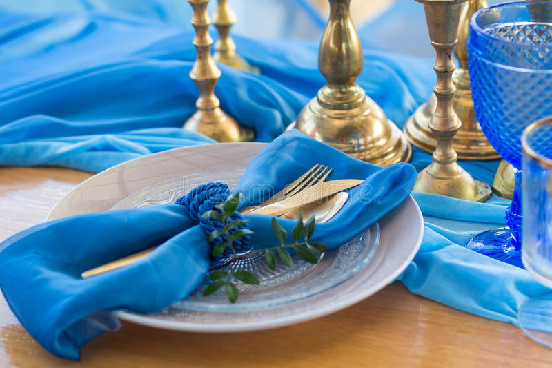 Download Wedding Dinner Table Detail In White, Gold And Blue Color. Selec Stock Image - Image of event, fabric: 67610109