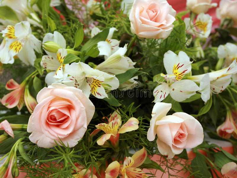 Download Wedding flowers stock image. Image of flower, pink, arrangement - 16514903
