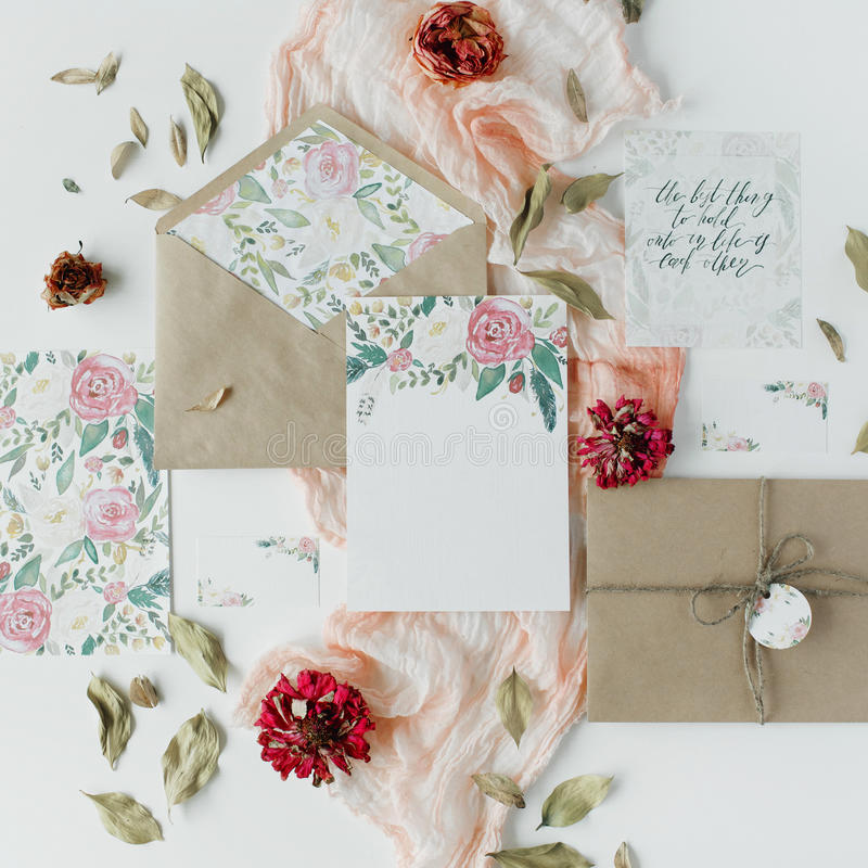 Wedding invitation cards craft envelopes pink and red roses and download wedding invitation cards craft envelopes pink and red roses and green leaves on stopboris Image collections