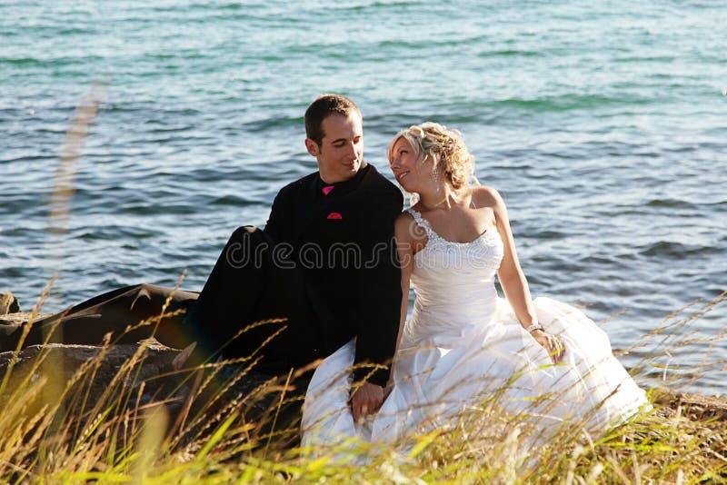 Wedding - noiva e noivo fotografia de stock